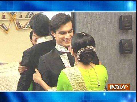 Kartik looks stylish in Shubham's engagement