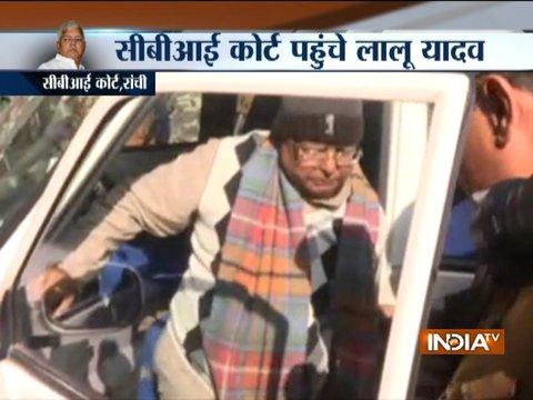 Fodder scam case: Lalu Yadav leaves for CBI court