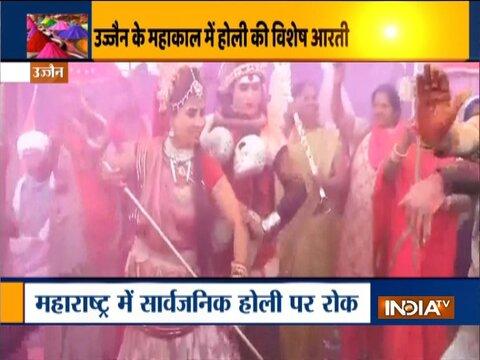 Holi celebrations at Banke Bihari Temple in Vrindavan