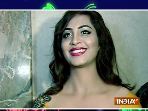 Arshi Khan throws a party for her ex-housemates