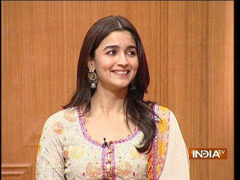 Bollywood Actress Alia Bhatt in Aap Ki Adalat