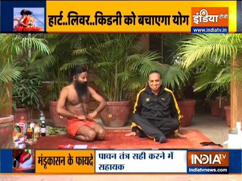 सर्दियों में ब्लड शुगर का खतरा अधिक, स्वामी रामदेव से जानिए योगासन, सुपरफूड और आयुर्वेदिक उपाय