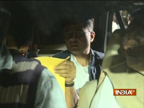 Gehlot, Sachin Pilot arrive at the Governor's House, decision over new CM to be made tomorrow