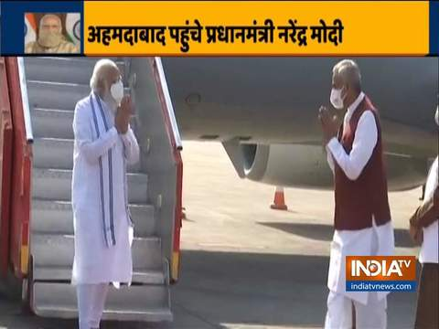 Gujarat: PM Modi arrives at Ahmedabad airport, to pay homage to Keshubhai Patel