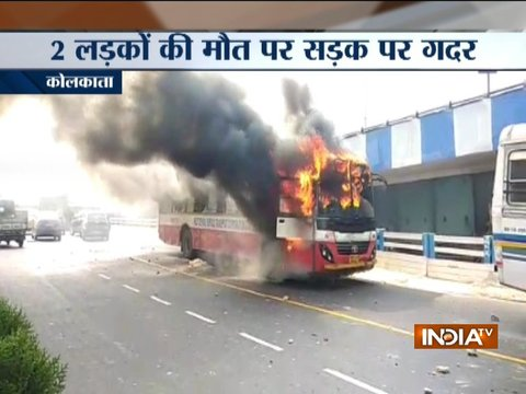 Kolkata: Mob sets 5 buses on fire after road accident claims 2 lives