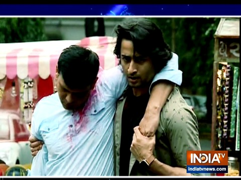 Yeh Rishtey Hain Pyaar Ke: Mishti saves Abir's father from getting kidnapped