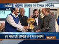 Lokmat Award: Venkaiah Naidu honours parliamentarians for their contribution