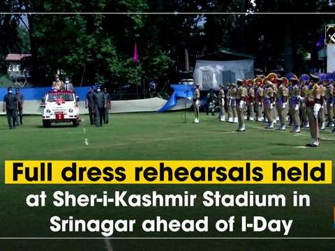 Full dress rehearsals held at Sher-i-Kashmir Stadium in Srinagar ahead of I-Day