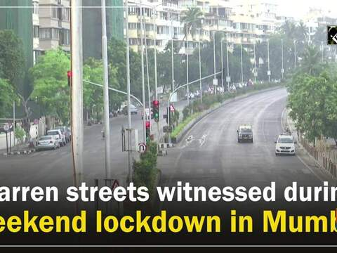Barren streets witnessed during weekend lockdown in Mumbai