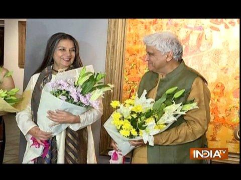 Javed Akhtar and Shabana Azmi innaugurates an art show in Mumbai