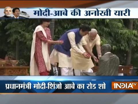 Gujarat: PM Modi gives grand welcome to Japanese PM Shinzo Abe