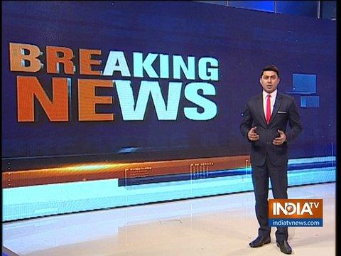 जम्मू-कश्मीर: शोपियां में आतंकियों, सुरक्षा बलों के बीच मुठभेड़ जारी