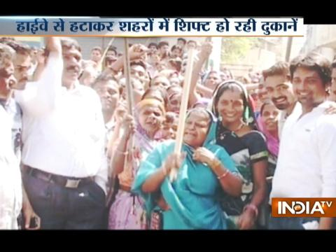 Public protest over shifting of liquor shops from highways to city area in Indore and Kanpur