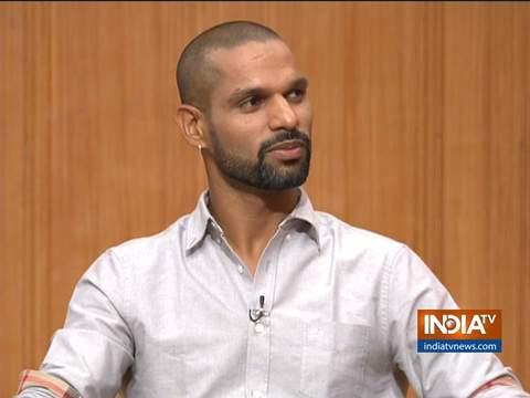 Aap Ki Adalat: आलोचकों पर ध्यान नहीं देता, लेकिन बीवी से डरता हूं- धवन