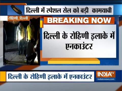 दिल्ली: रोहिणी इलाके में पुलिस के साथ मुठभेड़ के बाद अपराधी गिरफ्तार