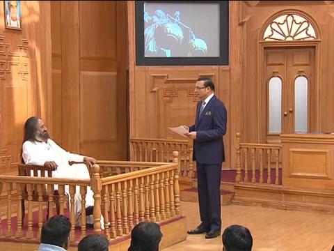 आप की अदालत में श्री श्री रविशंकर: सभी उत्पीड़ित अल्पसंख्यकों को सीएए में शामिल किया जाना चाहिए