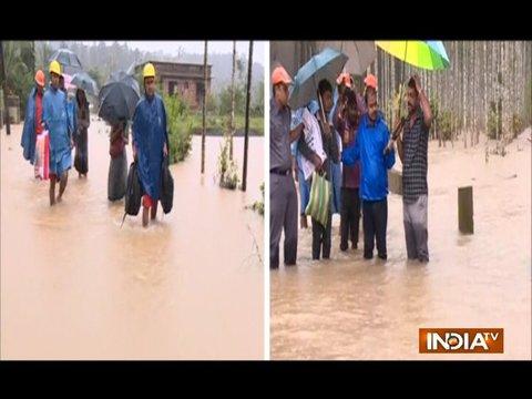 केरल में भारी बारिश से जमीन से आसमान तक सब पर लगा ब्रेक, पीएम मोदी आज ले सकते हैं जायज़ा